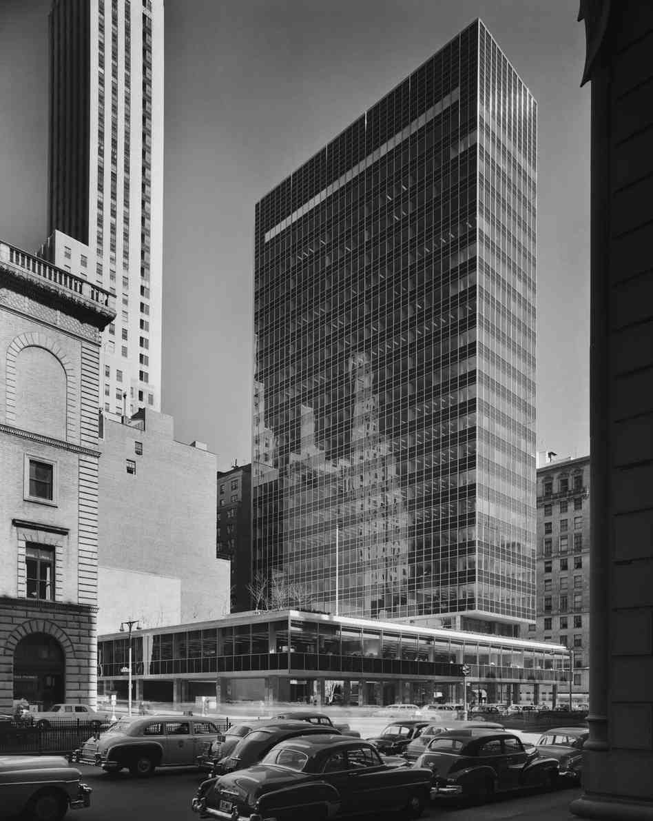 Seagram Building New York City  115572  EMPORIS
